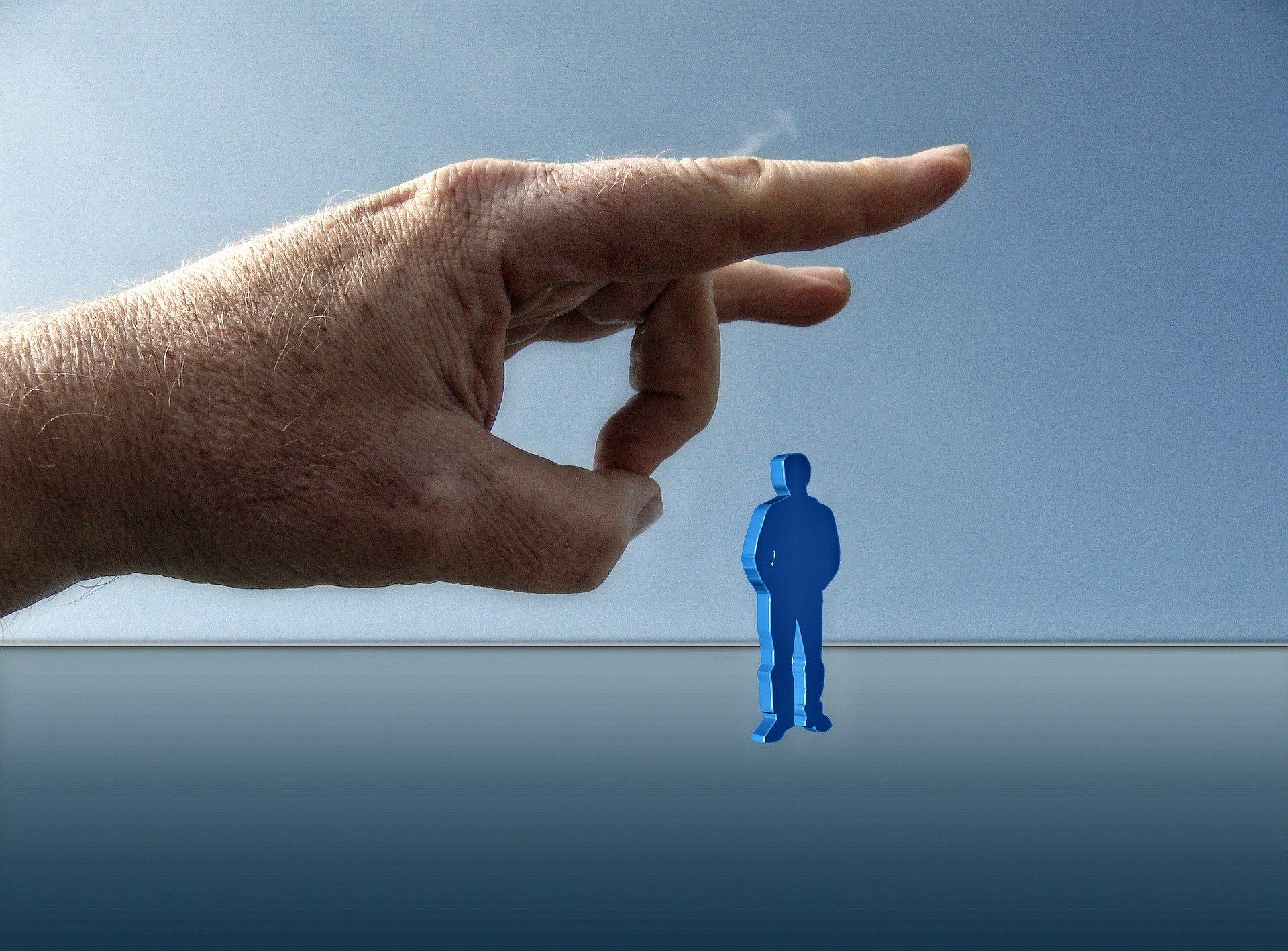 自分の価値観をはじく指